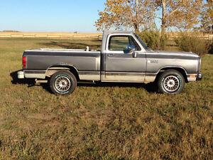 1988 Dodge LE 150 short box