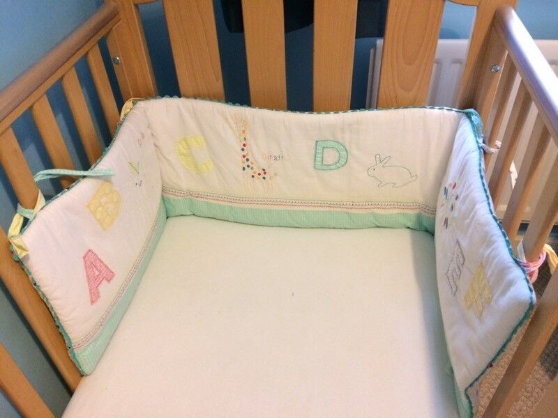 Mothercare Nursery Set - including Curtains, Lightshade & Cot Bumper