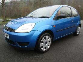 05/05 FORD FIESTA 1.25 STYLE 3DR HATCH IN MET BLUE WITH ONLY 70,000 MILES