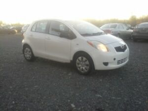 2008 Toyota Yaris Hatchback !! AUTOMATIC !! HATCH-BACK !!