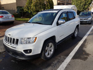2012 Jeep Compass-North Edition-Toit Ouvrant