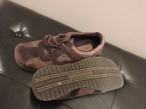 Women's Brown Leather and Suede Shoes Kitchener / Waterloo Kitchener Area image 2