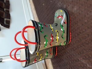 Rubber boots toddler size 6