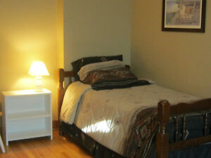 BIG Furnished ROOM Oct 1 - Apr 30 All Inclusive! Clean, Sunny