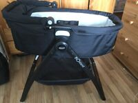 Graco Evo XT Carrycot with stand and bedding