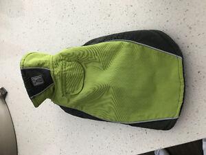 Dog coat (exterior wind/rain material - fleece interior)