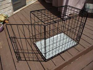 """Dog crate 24"""" two door"""