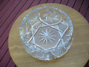 "Pinwheel Crystal Bowl 8.5"" in Diameter"