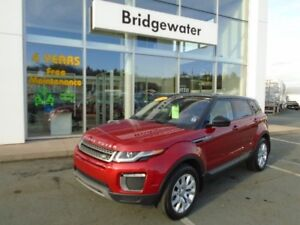 2016 LAND ROVER RANGE ROVER EVOQUE BEAUTIFUL, INSIDE & OUT!