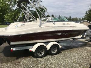 Sea Ray 220 Sundeck 2007 - $37000 (langley)