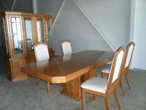 Beautiful Oak Dining Room Furniture