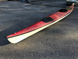 KAYAK 17' EXPEDITION KAYAK WITH 2 COMPARTMENTS AND RUDDER