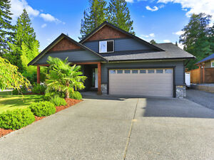 Beautiful Home close to Westwood Lake and Hiking Trails