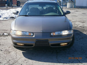 2002 Oldsmobile Intrigue GLS Berline