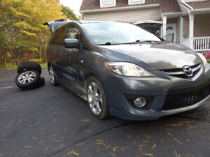 FULLY LOADED 2009 Mazda 5 GT SUNROOF . LEATHER