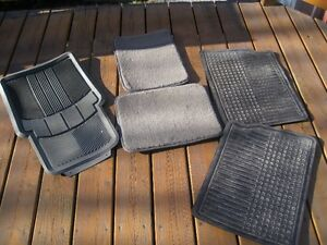 Tapis d'auto / Mats for car