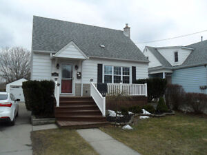 3 BEDROOM HOME FOR RENT-AVAIL. DEC 15
