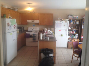 Rooms for rent near Fleming College Peterborough Peterborough Area image 6