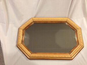 Miroir octogonal avec cadre en bois