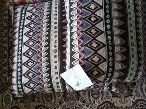 MULTICOLOR CUSHIONS PILLOWS (SET OF 6) - $75 FIRM London Ontario image 4