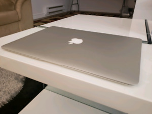 Almost NEW MacBook Air 2017 ** with MSoffice and Photoshop!