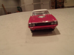 Loose Panther Pink 1970 '70 DODGE CHALLENGER R/T by JOHNNY LIGHT Sarnia Sarnia Area image 6