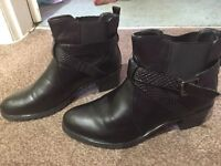 Boots 8/7