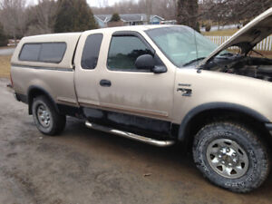 1998 Ford F-150 3 door Pickup Truck