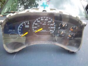 1999 / 2002 fullsize  truck chevy or gmc speedo dash cluster