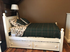 Twin Size Solid Wood Trundle Bed - White - Mattresses Like New