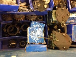 Sprockets clutches gear boxes collar clamps chain hydraulic Peterborough Peterborough Area image 3