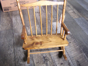 Crowne Wooden Doll Bench Seat Rocking Chair,Dolls