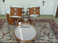 EXPERIENCED/ADVANCED DRUMMER AVAILABLE