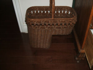 ANTIQUE BALL SPINDLE WICKER STAIR BASKET