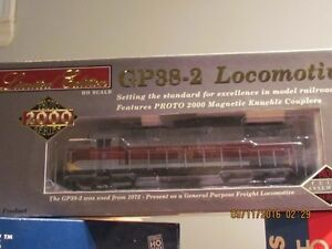 LARGE ASSORTMENT OF H.O. SCALE USED AND NEWER... London Ontario image 2