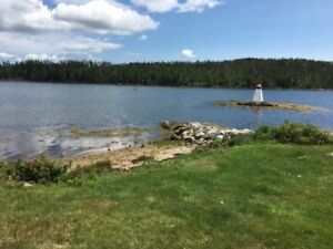 Furnished Oceanfront Bungalow 30 minutes to Downtown Halifax