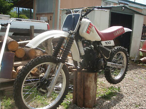 1981 yamaha yz 100/trade for street legal honda Prince George British Columbia image 6