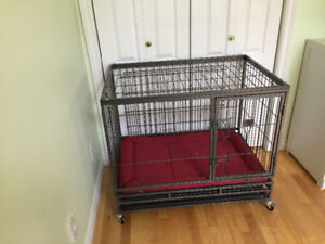 Large heavy duty  wheeled pet crate