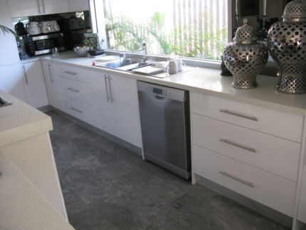 Budget New Benchtop White Engineered/Black Galaxy Hillarys Joondalup Area Preview