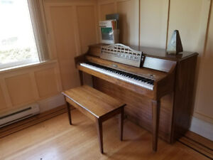 SELLING PIANO FOR CHEAP-$200 (Negotiable)
