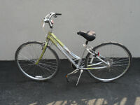 Super BICYCLE  ``GIANT`` Pour femme