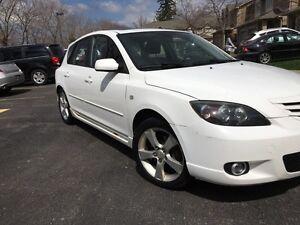 Mazda 2005 sport model