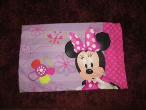 Minnie Mouse 4 PeiceToddler Bedding set