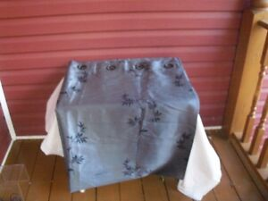 2 Pair of Beautiful Grommet style curtains--modern design!