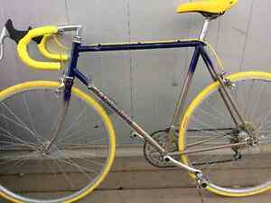 Gorgeous restored Kuwahara Titan road bike 23""