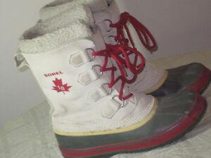 Women's SOREL Boots - Size 8 - $35.00