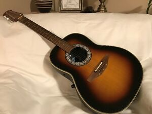 Guitare Ovation model 151 12 cordes.