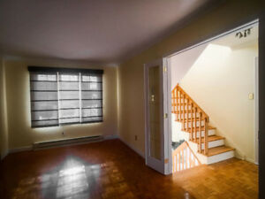 3 BEDROOM TOWNHOUSE FOR RENT • CHOMEDEY • BY 13 NORD