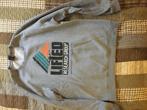 LRG Crew Neck Sweater - GREY Peterborough Peterborough Area image 1