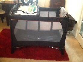 Mothercare urban detour bassinet ( Can Deliver if local )
